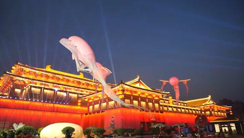 西安大唐不夜城惊现大鱼,魔幻与现实重叠,大唐盛世再现!