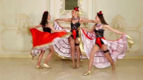 正宗的高踢腿!每次看到俄罗斯姑娘的表演,我就精神了