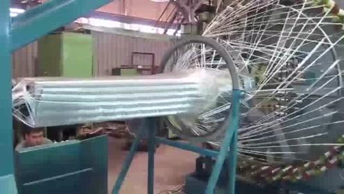 体型巨大的碳纤维编织机,看起来很过瘾!
