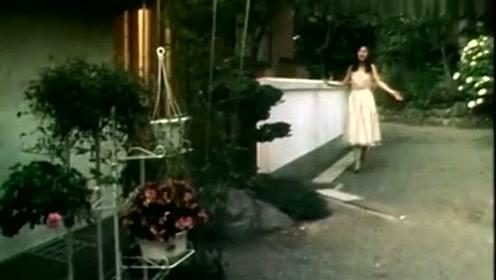 看见邓丽君年轻的样子,才知道什么叫女神,这气质绝对女神级别