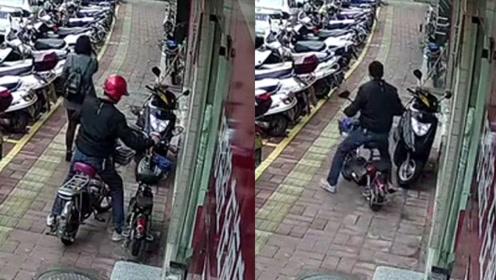 男子盗窃电动车被监控拍下 从踩点到偷走用时不到5分钟
