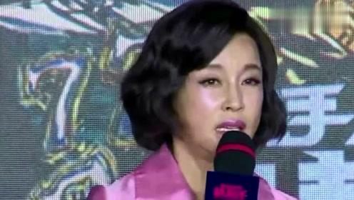 63岁刘晓庆和51岁徐帆对比,网友调侃:自然老去的脸,看着就舒服