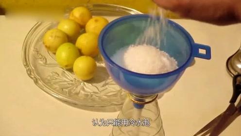 天天喝柠檬片泡水,注意这三个错误喝法
