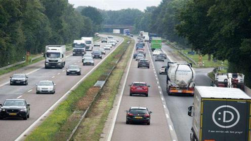 德国的高速为什么不限速呢?知情人说出真相,全球第一条高速公路