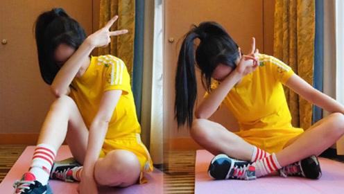 杨幂黄色上衣晒瑜伽照 头发浓密长腿细白让人羡慕嫉妒恨
