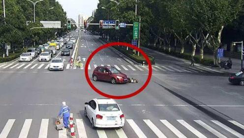 开车撞死闯红灯的行人,车主到底负多少责任?交警给出明确答案!