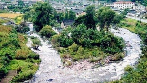 陕西百年神庙,洪水来了绕道走,专家无法解释,3个小孩道破真相