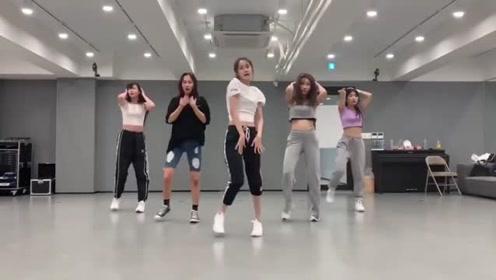 YOONA  Cover dance舞蹈串烧