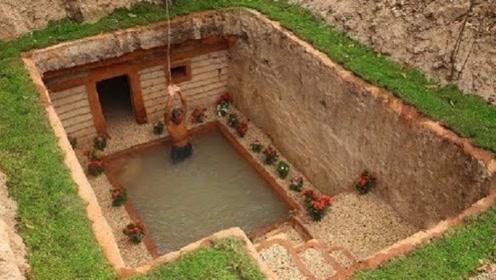 男子野外手工打造房屋游泳池,一顿操作猛如虎,看到结果我是服了