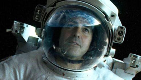 太空中!宇航员摘下头盔会怎样?后果不堪设想!