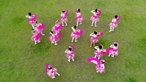 临颍:1+1舞蹈学校庆祝祖国70华诞