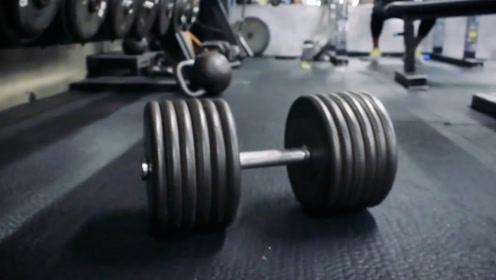 每天俯卧撑和每天健身房训练,都练胸,时间久了有什么差距?