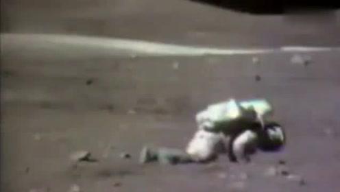 首次登月爆笑镜头公开:宇航员失重频频摔倒,地面人员忍不住狂笑