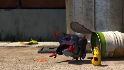 黄虫子想偷吃甲壳虫的火腿肠,上面掉下来个罐子,把火腿肠压碎了
