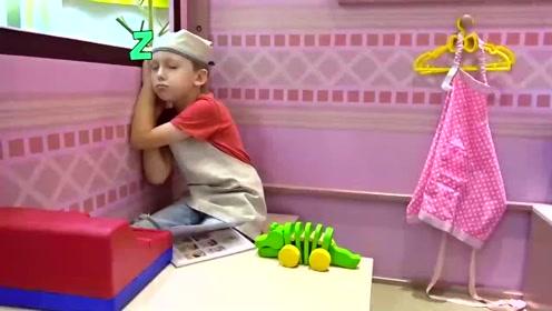小可爱在农贸市场选蔬菜,没想到睡着了,做了一个美梦