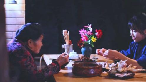 李子柒按照奶奶的方法,做父亲在世前最喜欢的菜,几度落泪!