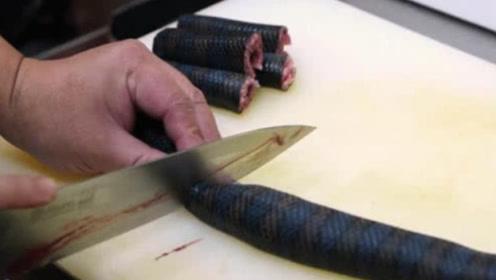 """日本人竟敢吃海蛇?大厨一顿操作猛如虎,看完一阵""""哆嗦""""!"""