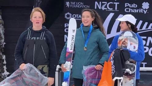 15岁混血美女归化中国,在滑雪圈她堪称天才