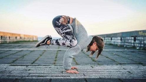 用瑜伽来缓解焦虑,练完心情棒棒的!
