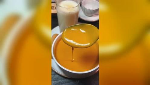 减脂期多吃五谷杂粮很好 今天分享的现磨豆浆和南瓜浓汤