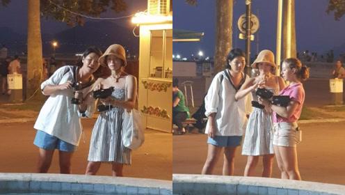 宋慧乔离婚后现身法国被偶遇 露肩长裙配渔夫帽身材消瘦