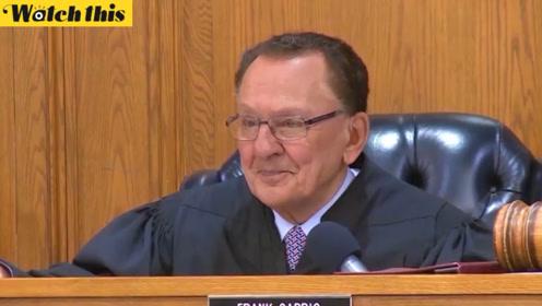 母亲逼违反交规的女儿出庭 法官为其教育理念点赞并作出暖心判决