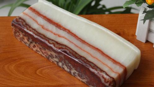 """史上最贵的""""猪肉"""",广西大爷存了10年,每天刷猪油保养"""