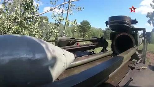 俄罗斯2S4郁金香240毫米自行迫击炮,装弹开火过程