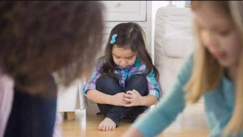 """幼儿园的3种""""冷暴力"""",孩子在默默承受,可家长不知道"""