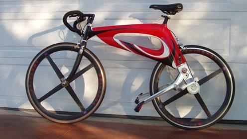 """没有链条的自行车!踩着两根""""棍""""就能嗷嗷跑,一点不伤膝盖!"""
