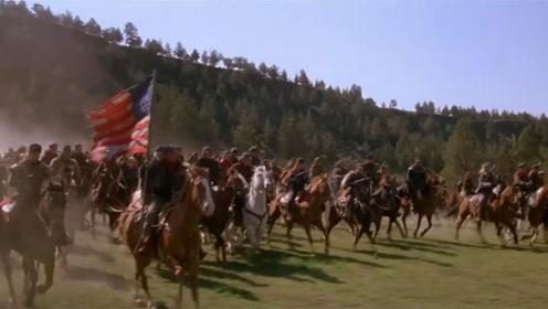 一部西部科幻片,末世时代文明衰退,万马奔腾的战争却更加震撼!