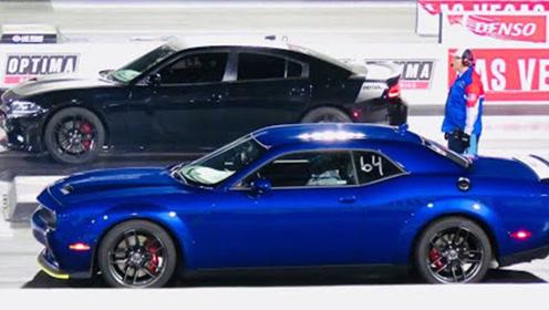 797匹道奇地狱猫红眼,零百加速3.4秒,秒杀杜卡迪机车!