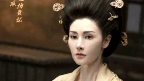 李嘉欣一身金色贵妃华服惊艳复出 49岁依旧美艳如当年