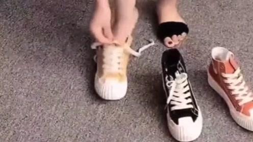 这年头都流行穿这种袜子了,搭配上高帮鞋这就是时尚