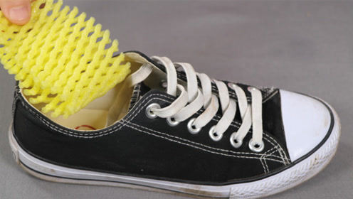 赶紧把水果网套放鞋子里,神奇用途真厉害,后悔知道晚了