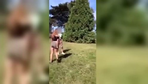 英国一母亲鼓励15岁女儿与同龄人打架引争议