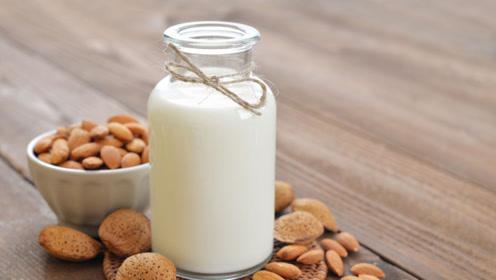每天喝一杯牛奶,给身体带来哪些改善,营养师说远远不止这4个