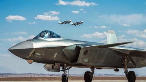 我国的歼20战机到底有多先进?装备的一大利器横扫苏35