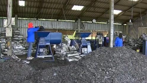 木炭是木炭的遗留物,为什么可以二次利用?一天三顿小烧烤!