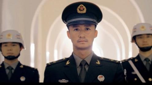 献礼70混剪:《战狼》系列超燃混剪,向每一位中国军人致敬!
