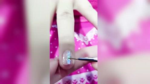 纯金的结婚戒指都不要,媳妇居然拿来做美甲,你知道戒指多少钱吗