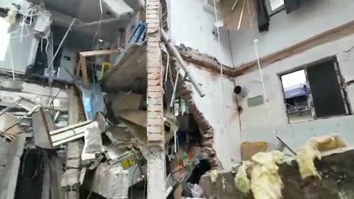 南京秦淮区一公寓楼局部坍塌 满地断瓦残垣 现场共5人已救出3人