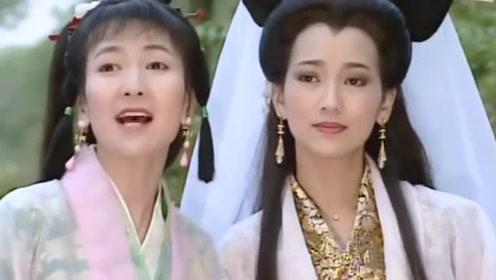 64岁赵雅芝换新发型,半扎马尾的她看起来更年轻,网友:气质真好