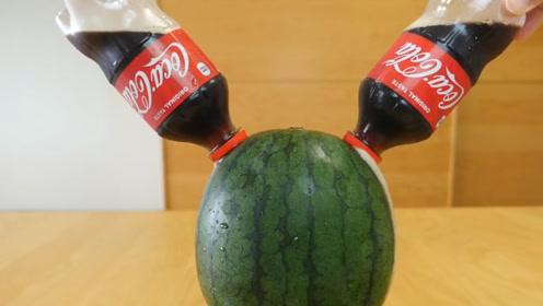 如何制作可乐味西瓜?小姐姐现场示范,做法简单易学