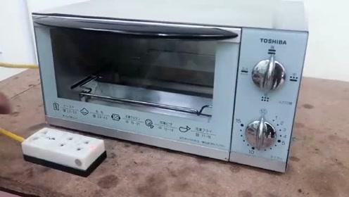 一台锈迹斑斑的烤箱,将其翻新维修以后,成品就像新的一样