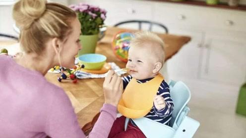 """孩子不好好吃饭,别追在屁股后边喂了!""""危害""""可能超乎你的想象"""