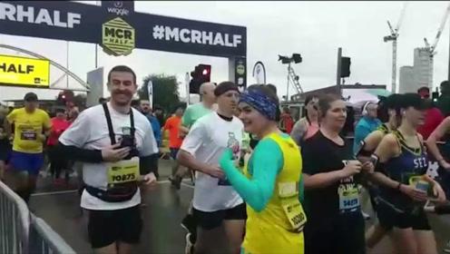倒着跑马拉松!英国女子倒行跑完半马并打破吉尼斯纪录