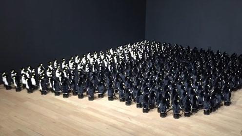 玩具企鹅能这么玩?老外用450只玩具企鹅做镜子,效果震惊全球