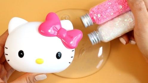 彩色水晶泥加入两份亮晶晶,和一份粘土声控球,自制无硼砂史莱姆