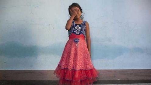 """印度4岁女孩失踪,村民找到她时,却已被""""女巫""""邻居杀死!"""